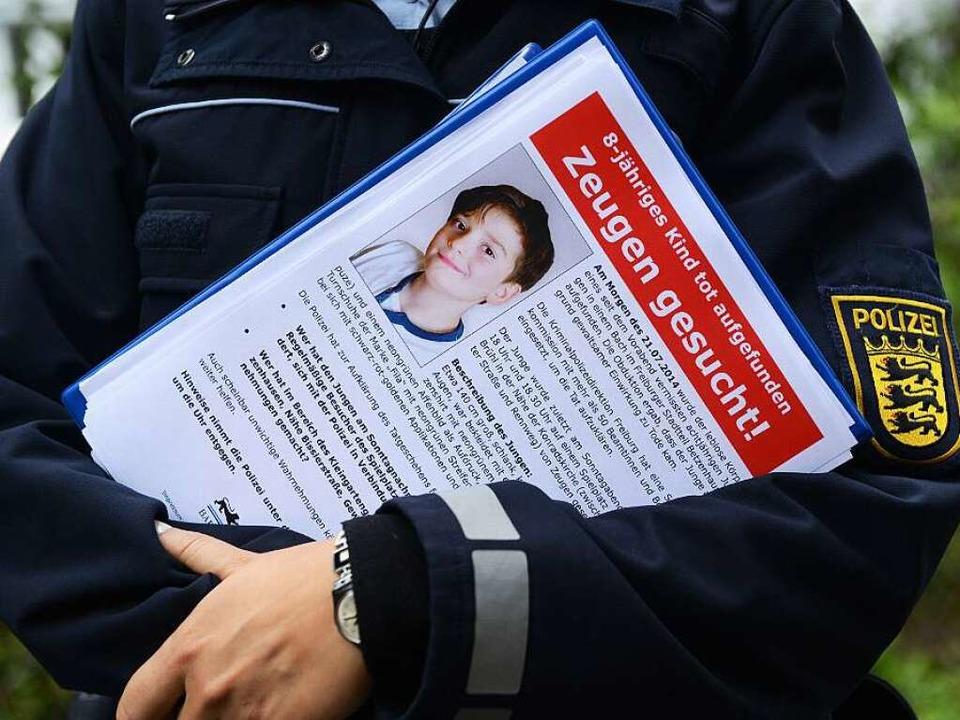 Der Tod des kleinen Armani aus Freiburg ging vielen Menschen unter die Haut.  | Foto: dpa