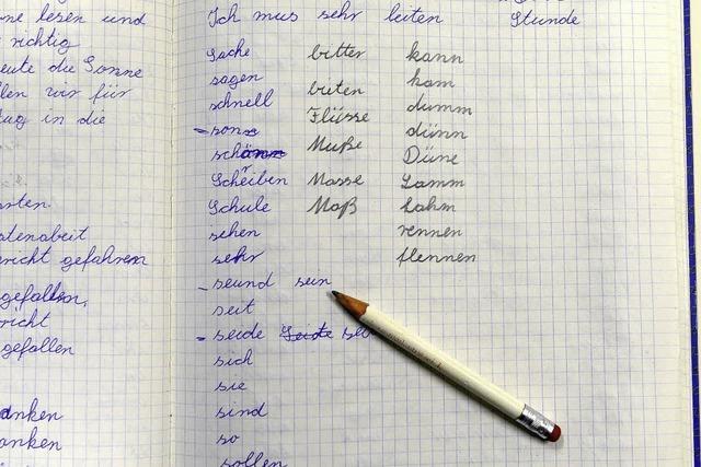Wie Erwachsene an der VHS Freiburg lesen und schreiben lernen