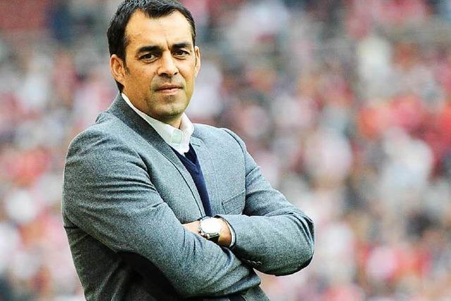 Robin Dutt sieht dem VfB Stuttgart die Zeit davonlaufen