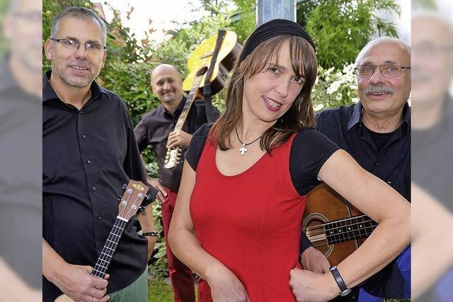 Stimmband geben ein Unplugged-Konzert in Neuried