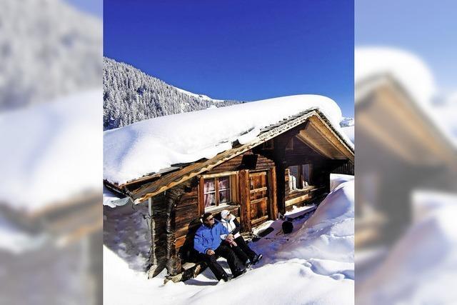 Kurzurlaub in verschneiten Bergen
