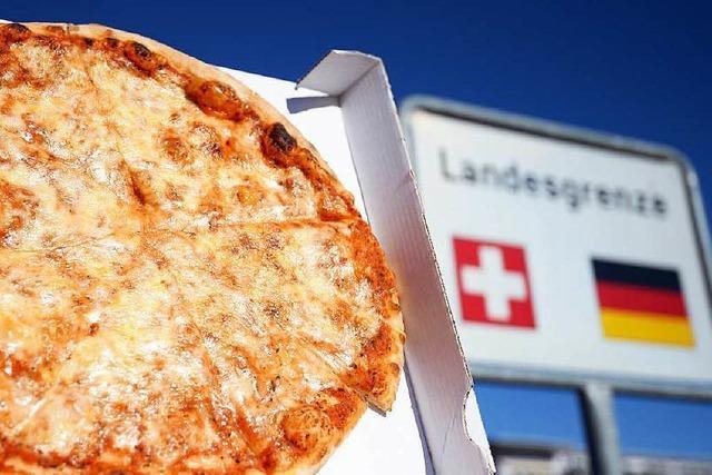 Die Pizza darf nicht über die Schweizer Grenze