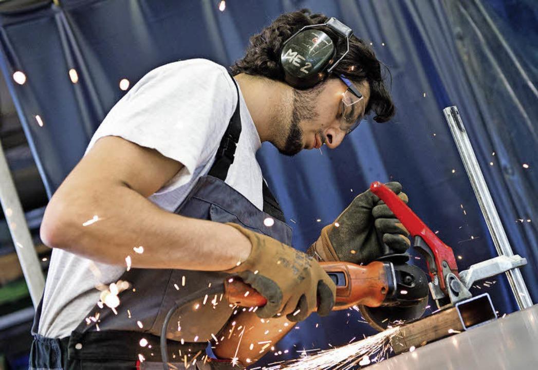 Leute wie ihn wollen die Firmen unbedingt behalten.    Foto: Fotos: dpa/privat