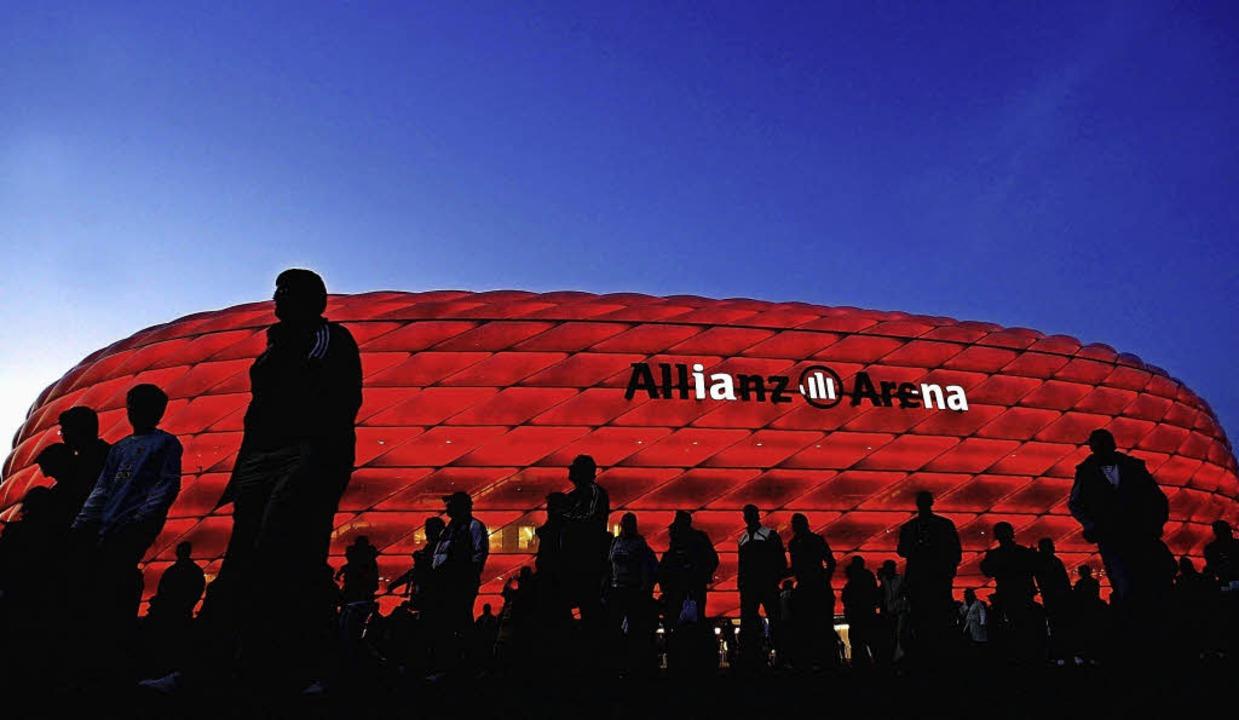 Der Bundesligaprimus Bayern München lä... neuartigen Highspeed-W-LAN ausrüsten.