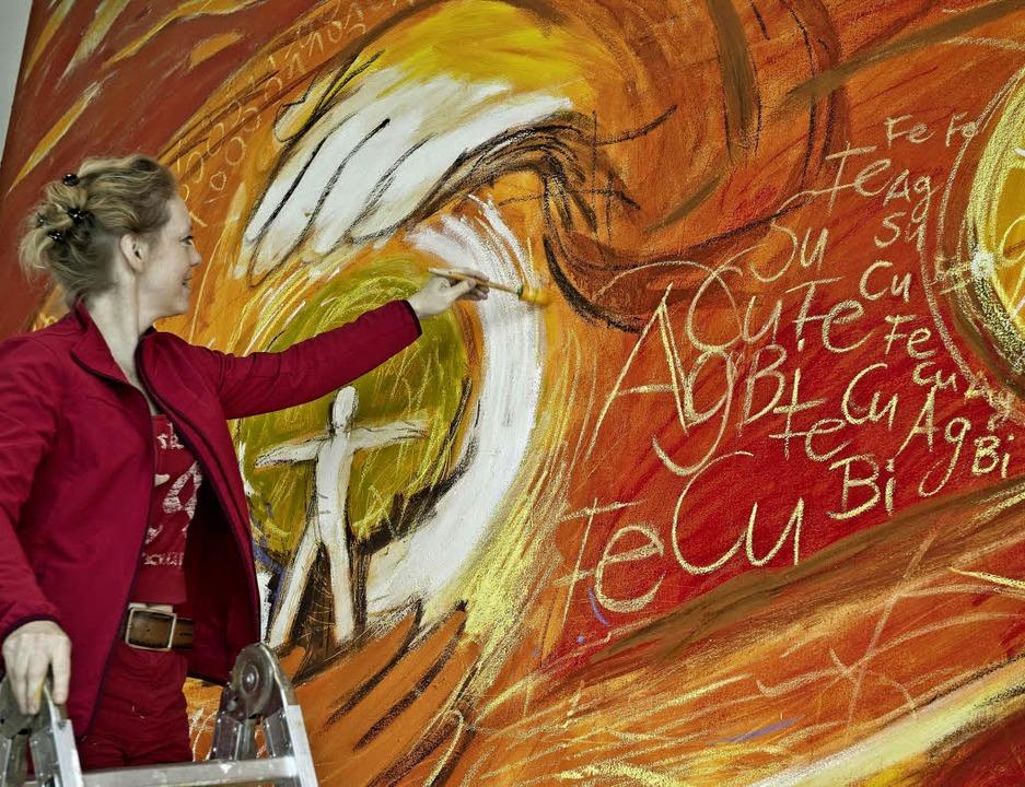 Die Künstlerin Alina Atlantis schuf für Testo mittlerweile zwei kunstwerke  | Foto: PR / Testo