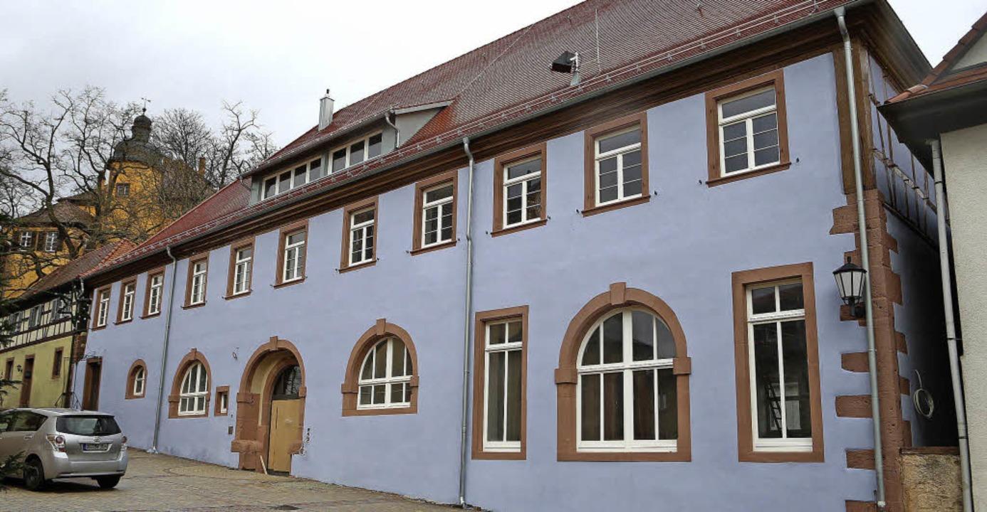 Der renovierte Verwaltungssitz wird offiziell übergeben.     Foto: christoph breithaupt
