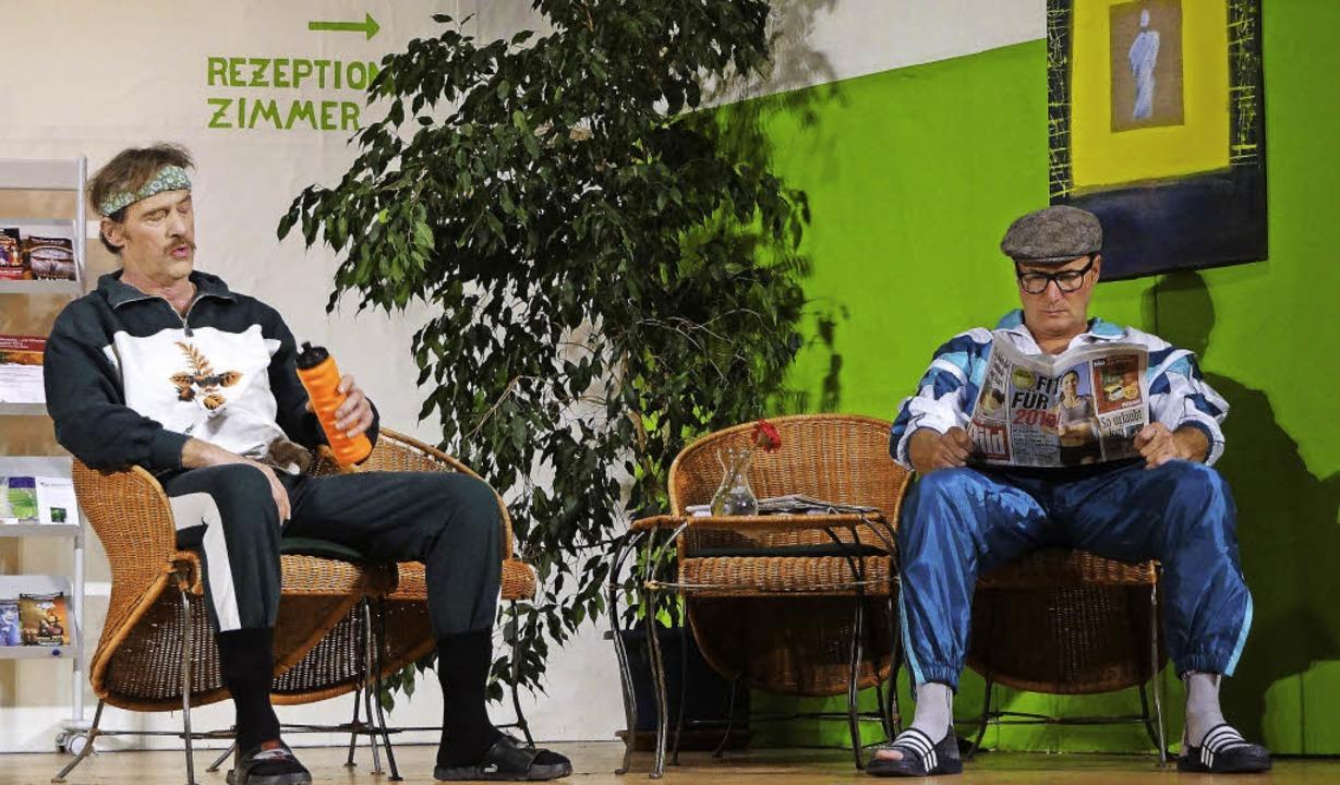 &#8222;Wenn einer eine Reise tut<ppp>&...n Rollen der Freunde Oswald und Emil.     Foto: Veranstalter