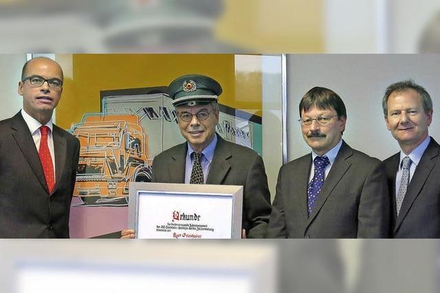 IHK-Ehrenpräsident nun Ehrenzöllner