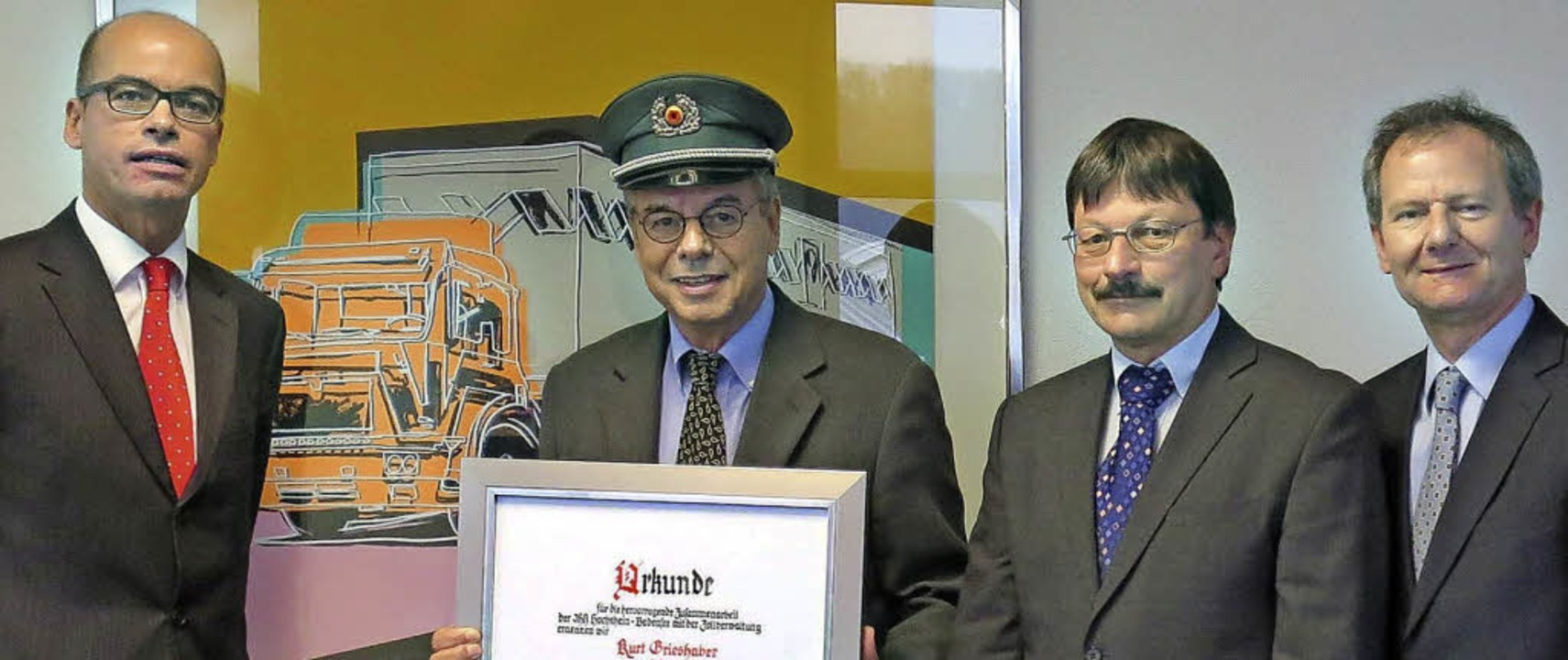 IHK-Ehrenpräsident Kurt Grieshaber ist...und Handelskammer Hochrhein-Bodensee.     Foto: IHK