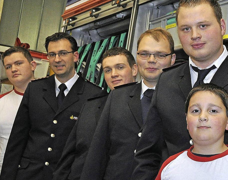 Fabian Matt ist neuer Jugendvertreter ...eider zum Jugendvertreter (von links).  | Foto: kirsten lux