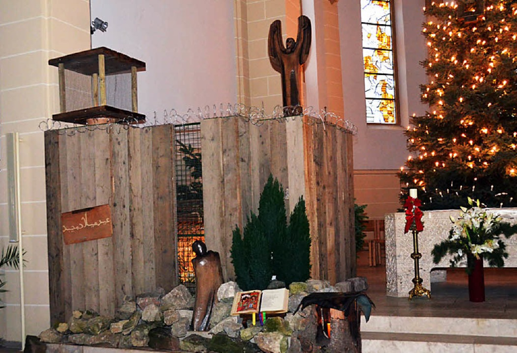 Krippe in St. Bonifatius: Bethlehem hinter der Mauer     Foto: Nikolaus Trenz
