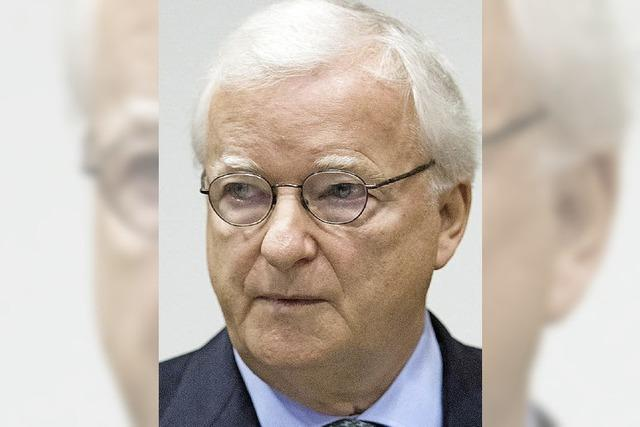 Ex-Präsidentn Niebaum wegen Untreue vor Gericht