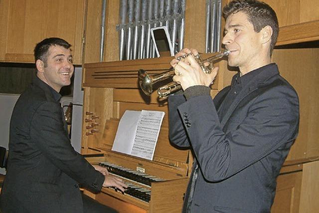 Prächtige Barockmusik in Kombination von Trompete und Orgel