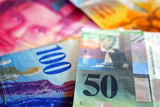 Schweizerische Nationalbank gibt den Franken frei