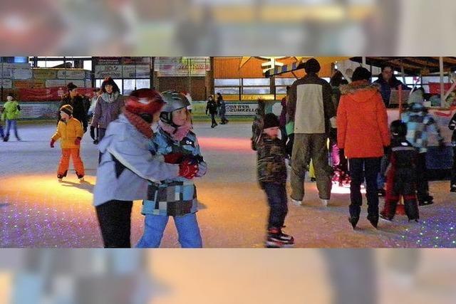 Zirkus und Akrobatik in der Eishalle