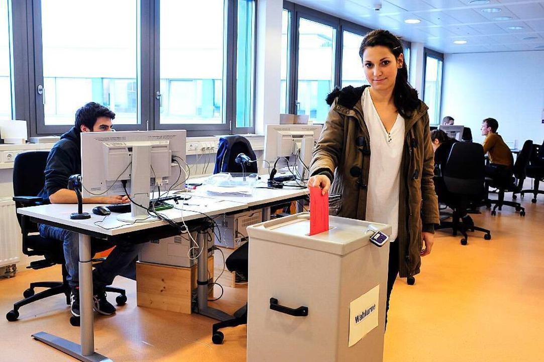 Im Wahlamt am Fahnenbergplatz kann man...ontags bis freitags von 8 bis 18 Uhr.   | Foto: Thomas Kunz