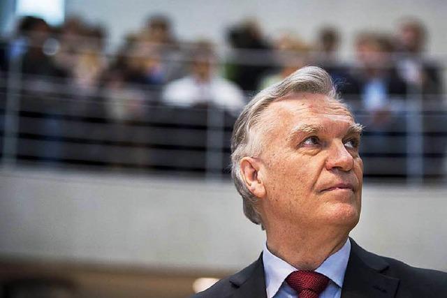 Ziercke und Edathy im U-Ausschuss – Aussage gegen Aussage