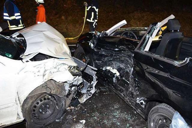 Autofahrer wendet illegal auf der B 31 – ein Schwerverletzter