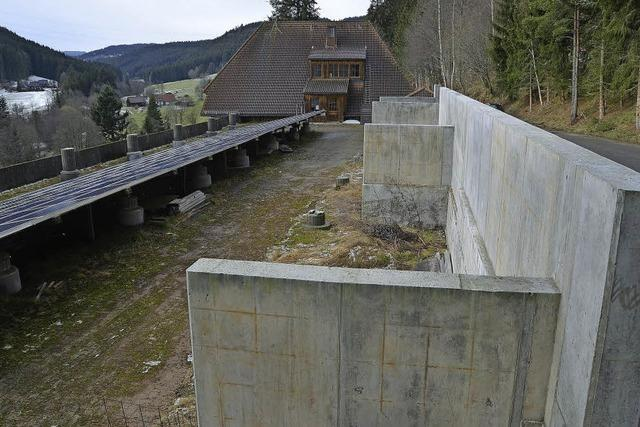 Lenzkirch klagt vor dem Verwaltungsgericht Freiburg gegen Hangstützmauer