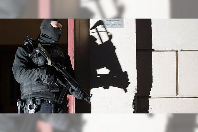 Überwachungsdruck auf Islamistenszene wird erhöht
