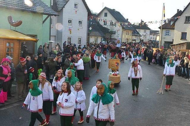 Fotos: Jubiläumsumzug in Bleichheim