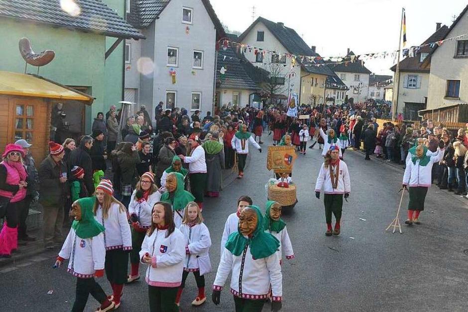 Szenen vom Umzug in Bleichheim (Foto: Jörg Schimanski)