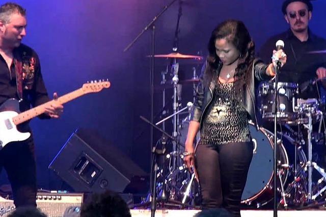 Italienische Band Morblus mit nigerianischer Sängerin Justina Lee Brown