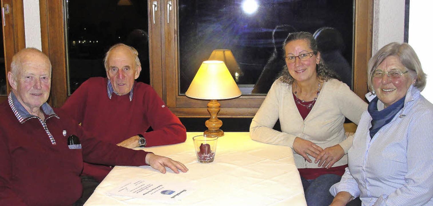 Als langjährige Mitglieder ehrte der S...r (25) und Friedhilde Kirchherr (40).     Foto: Tina Hättich