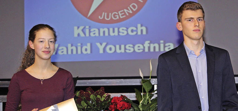 Fleißiger Forscher: Ronja Spahnke und Kianusch Vahid Yousefnia  | Foto: Anja Bertsch