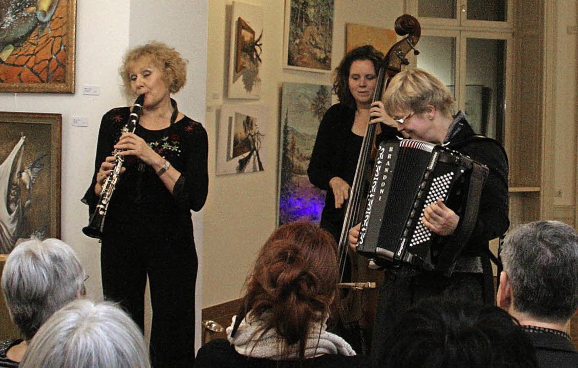 Auftritt im Grand Salon: Klezmers Techter     Foto: Antonia Zell
