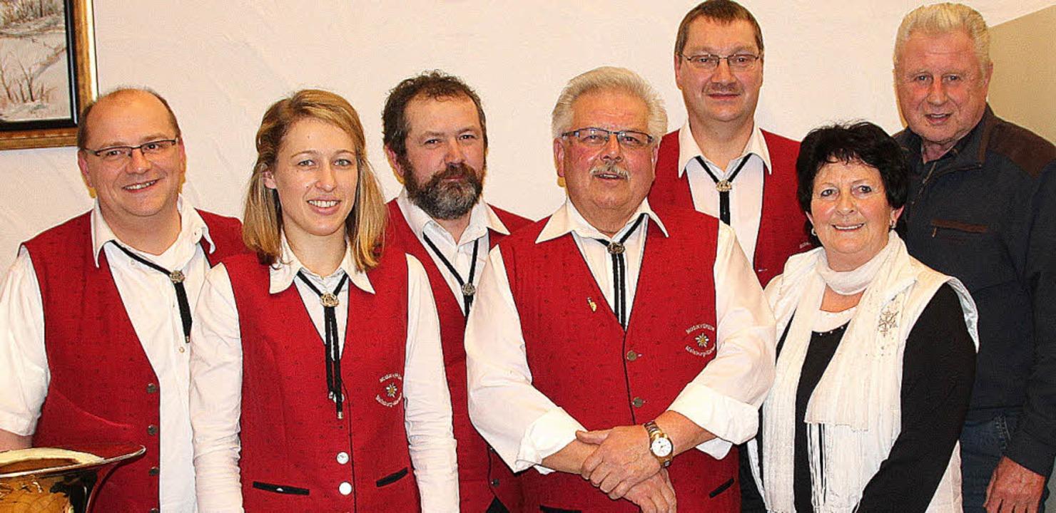 Auf ein bewährtes Team in der Vereinsf...senprüfer Manfred Schmidt (vl..l.n.r.)    Foto: Rolf-Dieter Kanmacher