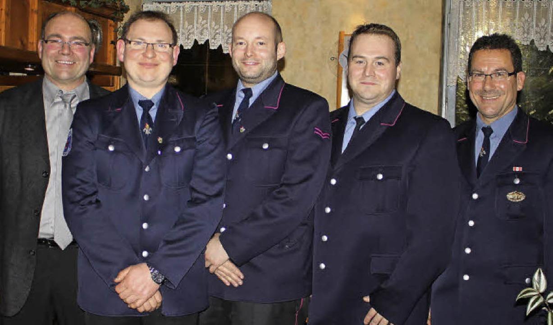 Bürgermeisterstellvertreter Martin Web...udin und Nico Bosch (Mitte von links).    Foto: Adelbert Mutz