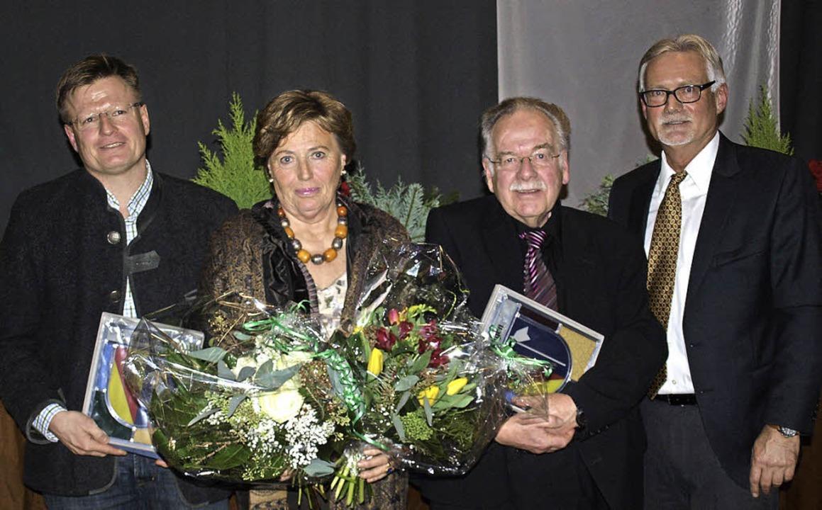 Beim Neujahrsempfang in Hauingen gab e...ch und Ortsvorsteher Günter Schlecht.     Foto: Paul Schleer