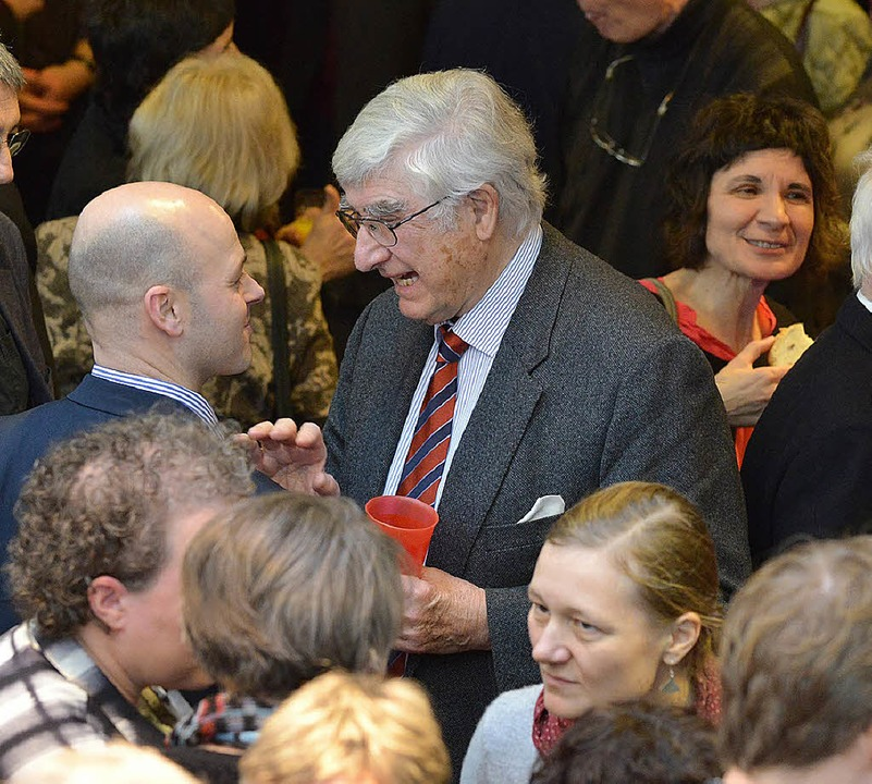 Mittendrin: Alt-OB Rolf Böhme   | Foto: Rita Eggstein