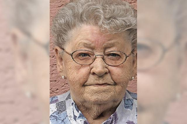 Begeisterte Strickerin feiert ihren 80.