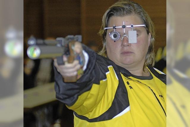 Pistolenschützen fehlt nur ein Punkt