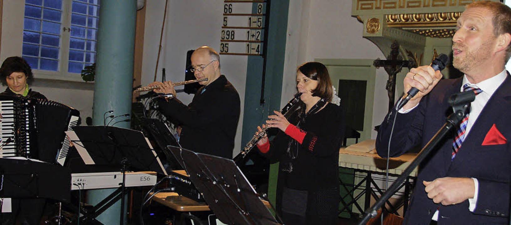 Conny Ferdinand (von links), Lutz Thor...es Quartett in der Vörstetter Kirche.   | Foto: Pia Grättinger