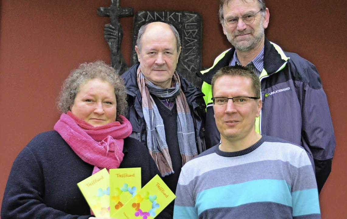 "Birgit Wehrle, Alfred Lauber, Herbert ...itiatoren des ""TreffBunt"".  | Foto: Nikola Vogt"