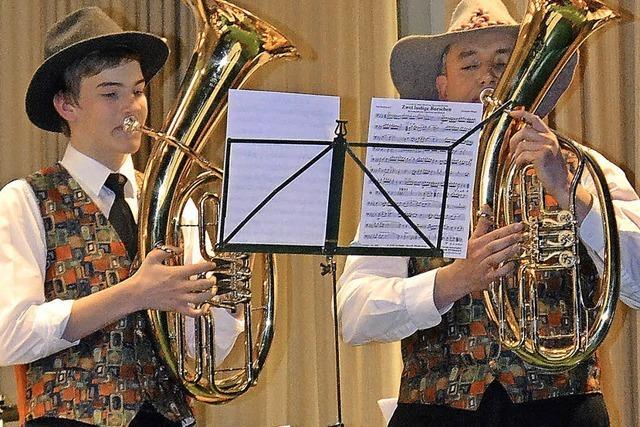 Tosender Applaus für die Kapellenbergmusikanten