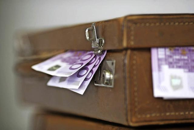 Ehepaar fällt auf Geldwäsche-Betrüger rein