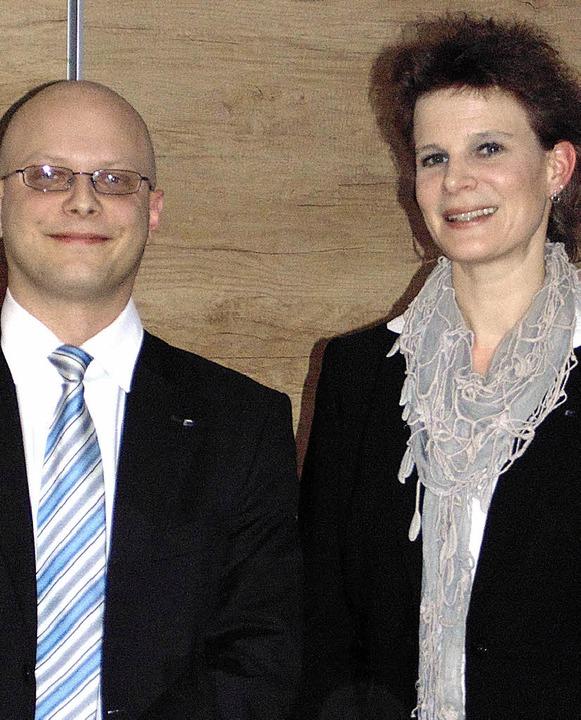 Bei den Wirtschaftsjunioren Hochrhein ...puty) und Nicole Maurer (Präsidentin)   | Foto: Michael Gottstein