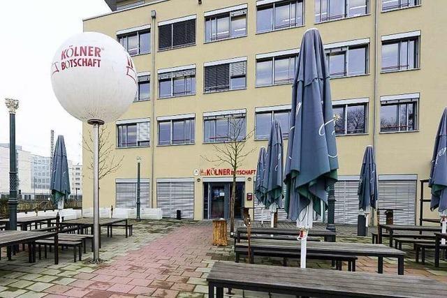 Thomas Schweizer streicht im Wentzinger Hof die Segel