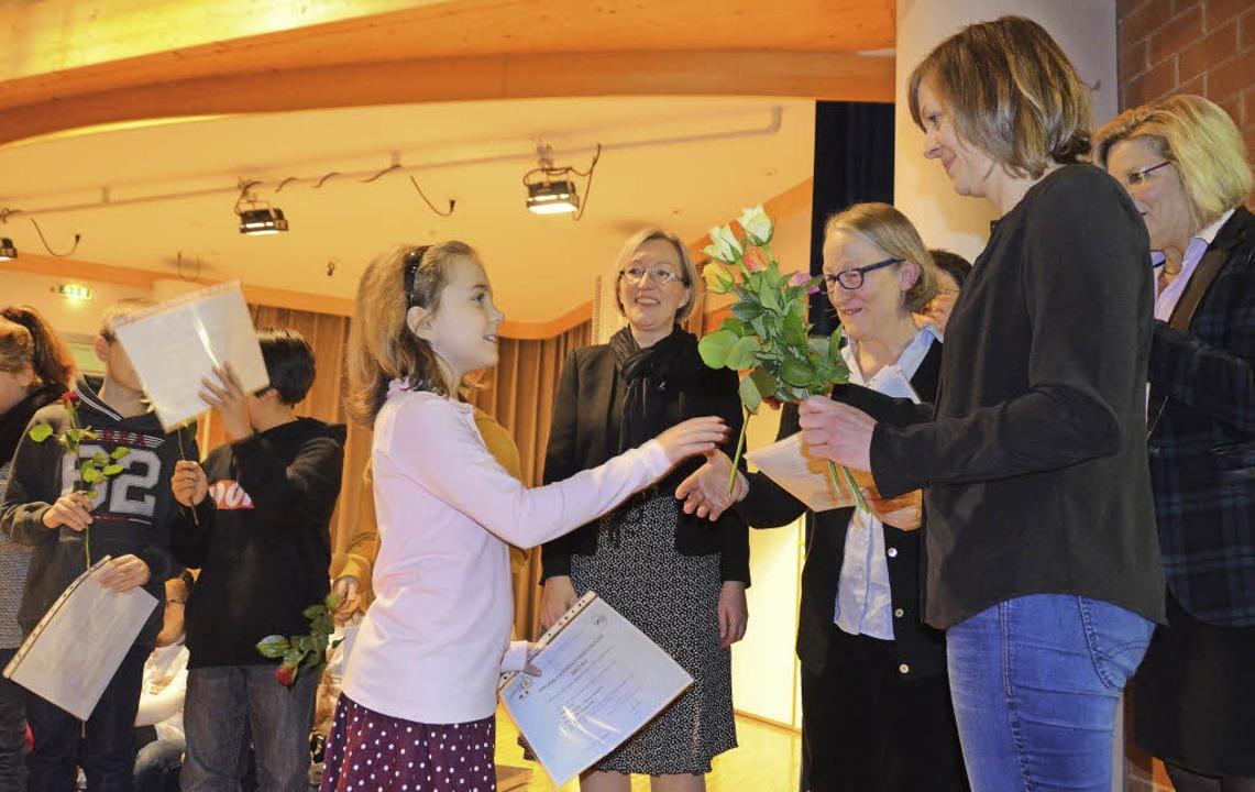 13 Schüler haben das  DELF-Zertifikat ...-Friedrich-Wild-Grundschule erhalten.   | Foto: Silke Hartenstein