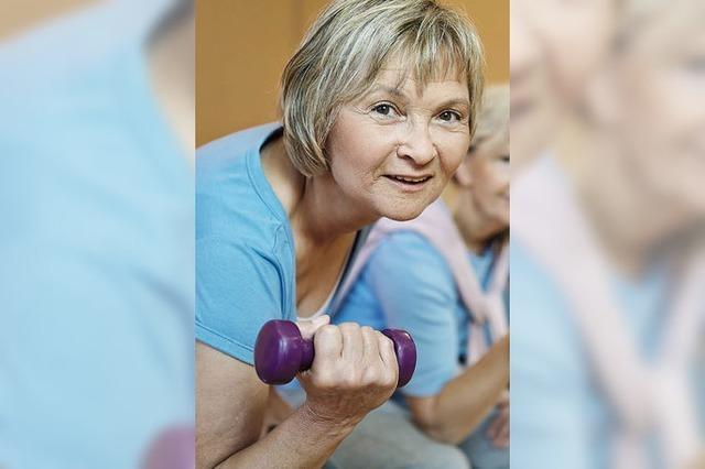 Versicherungen, die Rentner brauchen