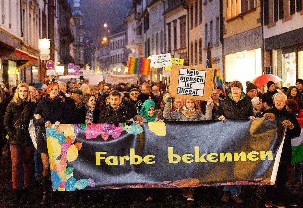 Klares Zeichen gegen Intoleranz: Die T...a-Demo zeigten Vielfalt statt Einfalt.  | Foto: dpa