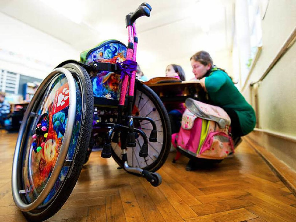 Kinder mit Unterstützungsbedarf einzubinden ist eine Herausforderung.  | Foto: dpa
