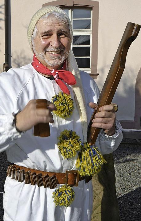 Martin Frick, Kläpperlegeneral der Nar...nkläpperle in der linken Hand erkennt.  | Foto: sti, cm