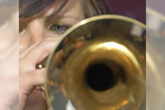 49 Musikerinnen und Musiker stellen sich der Jury