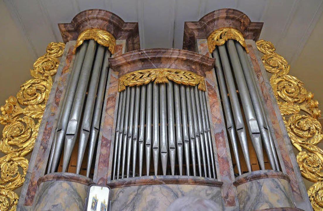 Willi Frank spielt Orgel – sowoh...tnau in der Kirche Mariä Himmelfahrt.   | Foto: S. Hesser