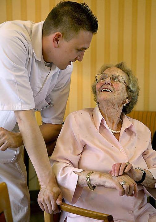 405 Altenpfleger*    Foto: Stephanie Pilick